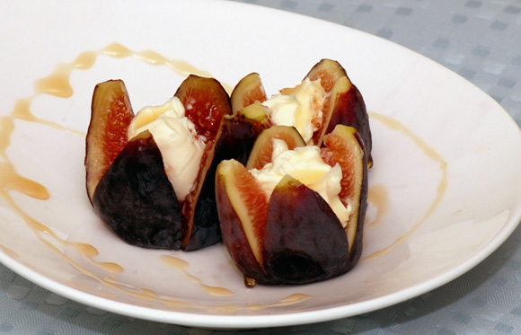 Figs with Fromage Frais and Lavender Honey