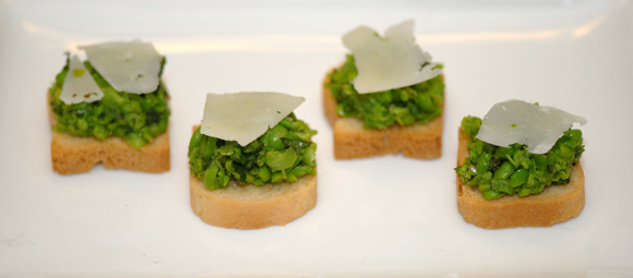 Summer Pea Crostini